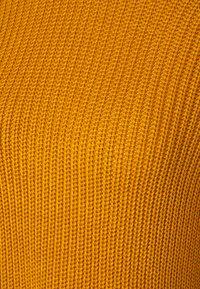 Q/S designed by - Svetr - golden yellow - 2