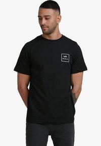 RVCA - ALL THE WAYS - Print T-shirt - black - 1