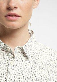 Haglöfs - IDUN SS SHIRT - Button-down blouse - soft white flower - 3