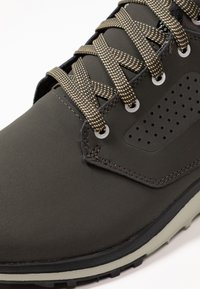 Salomon - UTILITY FREEZE CS WP - Winter boots - peat/mineral gray/taos taupe - 5