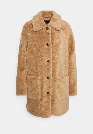 ONLEMILY  COAT - Classic coat - cuban sand