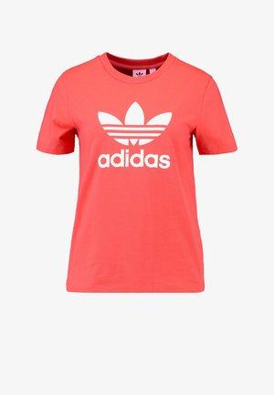ADICOLOR TREFOIL GRAPHIC TEE - Print T-shirt - trace scarlet
