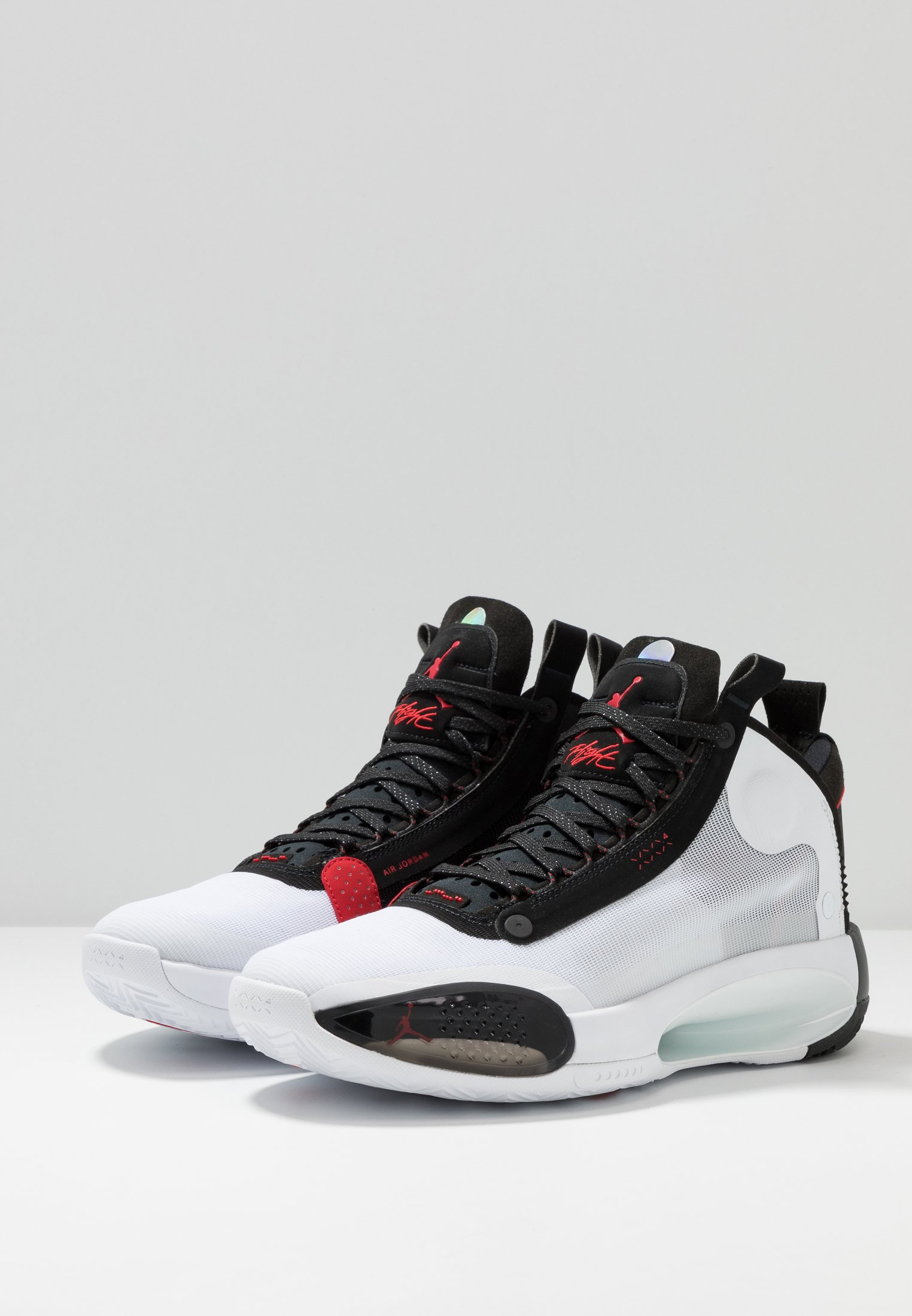 AIR XXXIV Indoorskor whitered orbitblack