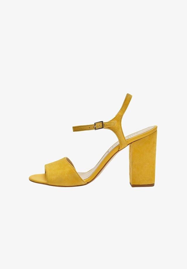 SENTA - Sandalen met hoge hak - yellow