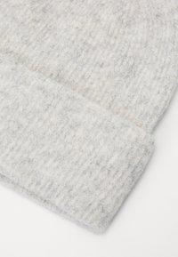 Vero Moda - VMKATRINE BEANIE - Bonnet - dark grey melange - 2