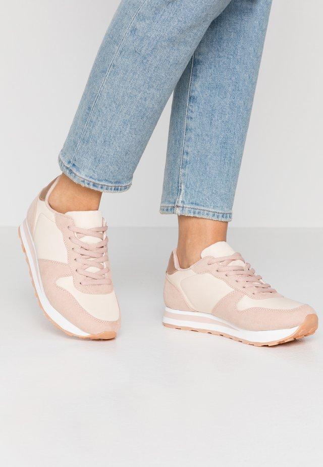 Sneakers basse - rose