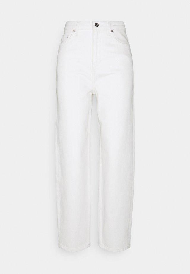 AVELON  - Bootcut jeans - ecru