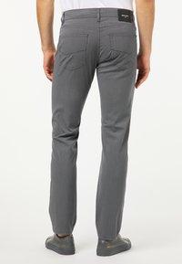 Pierre Cardin - Straight leg jeans - grau - 2