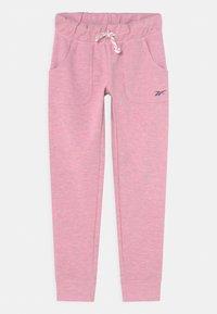 Reebok - Teplákové kalhoty - light pink - 0