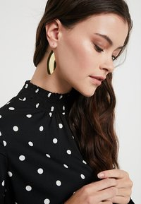 Soko - TULLA STATEMENT THREADER - Earrings - gold-coloured - 1