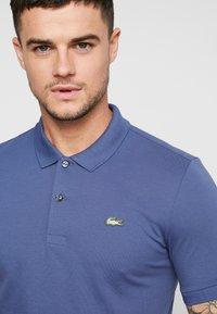 Lacoste LIVE - PH8004 - Piké - dark blue - 4