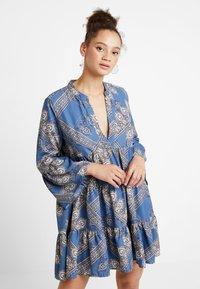ONLY - ONLDIANAATHENA 3/4 DRESS - Day dress - blue horizon - 0