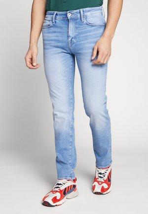CLARK ICON - Jeans straight leg - blue denim