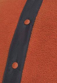 The North Face - CARBONDALE - Bluza z kapturem - brown - 5