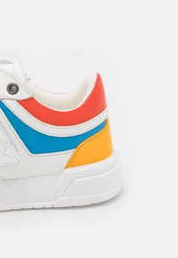 MCM - COLLECTION - Trainers - offwhite - 5