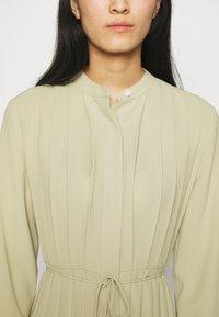 ARKET - Košilové šaty - light khaki - 4