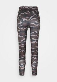 Casall - PRINTED SPORT  - Legging - grey - 5