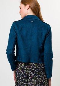 zero - VELOURSLEDER-OPTIK - Faux leather jacket - ink petrol - 2