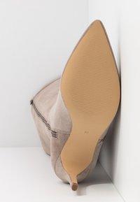 Zign - Boots med høye hæler - taupe - 6