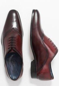 Brett & Sons - Smart lace-ups - natur cherry/rouge - 1