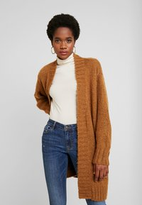 Vero Moda - VMKAKA OPEN COATIGAN - Cardigan - tobacco brown/black - 0