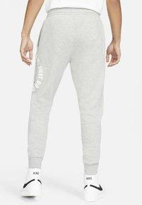 Nike Sportswear - Träningsbyxor - dark grey heather/iron grey - 2