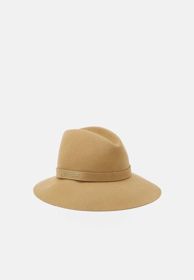 Hatt - camel beige