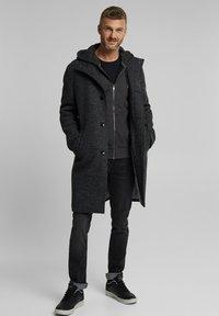Esprit - Zip-up hoodie - anthracite - 2