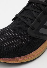 adidas Performance - ULTRABOOST 20 PRIMEBLUE PRIMEKNIT RUNNING SHOES - Neutral running shoes - core black/grey five/signal pink - 5