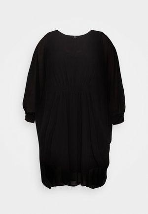 MCYNA - Bluser - black