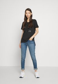 adidas Originals - TEE - Print T-shirt - black - 1
