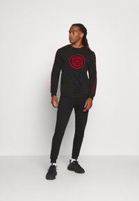 Glorious Gangsta - JAVAN CREW - Sweatshirts - black - 1