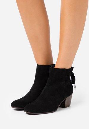 ADELITA - Ankle boots - noir
