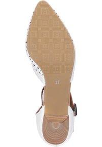 Piazza - Classic heels - weiß - 4