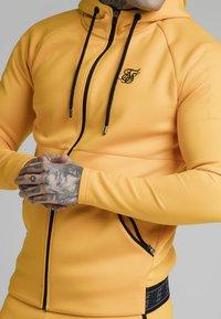 SIKSILK - Collegetakki - yellow - 3