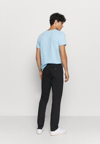 Tommy Hilfiger Tailored - FLEX SLIM FIT PANT - Chinos - black - 2
