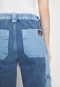 BDG Urban Outfitters - PATCH SKATE - Jeans relaxed fit - bleach - 7