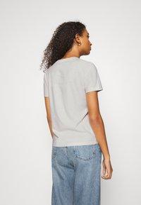 Wood Wood - ARIA - Basic T-shirt - dusty white - 2