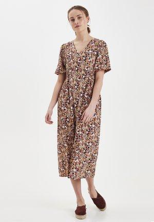 IXBETTA DR - Shirt dress - total eclipse
