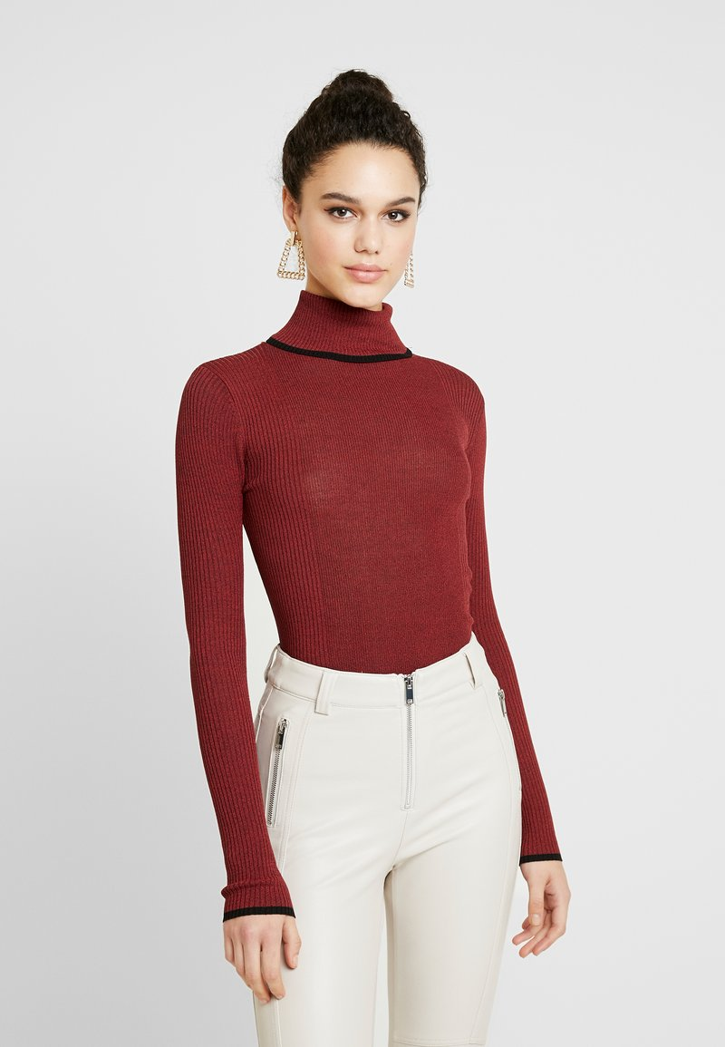 Topshop - MODERN ROLL - Svetr - red twist