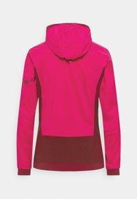 Dynafit - FREE ALPHA DIRECT  - Soft shell jacket - flamingo - 1