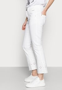Cream - Bootcut jeans - snow white - 3