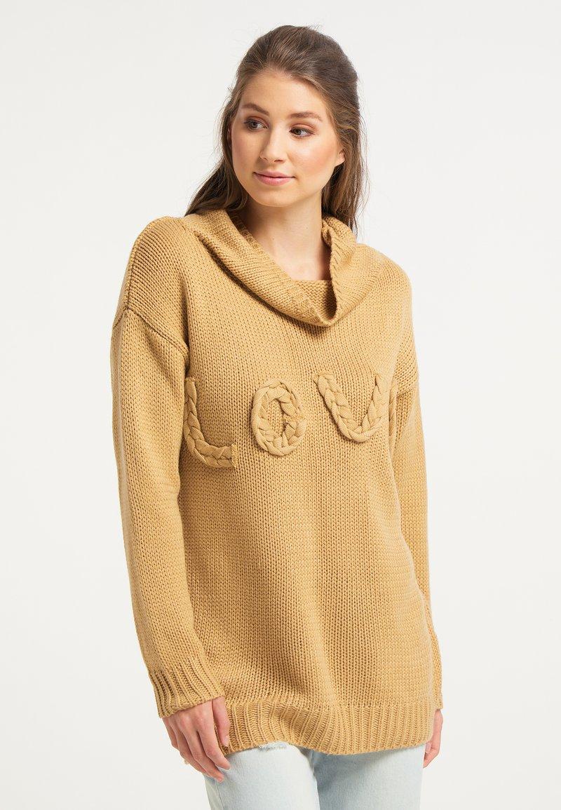 IZIA - Jumper - camel