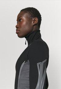 adidas by Stella McCartney - TRUEPACE - Chaqueta de entrenamiento - black/granite - 3
