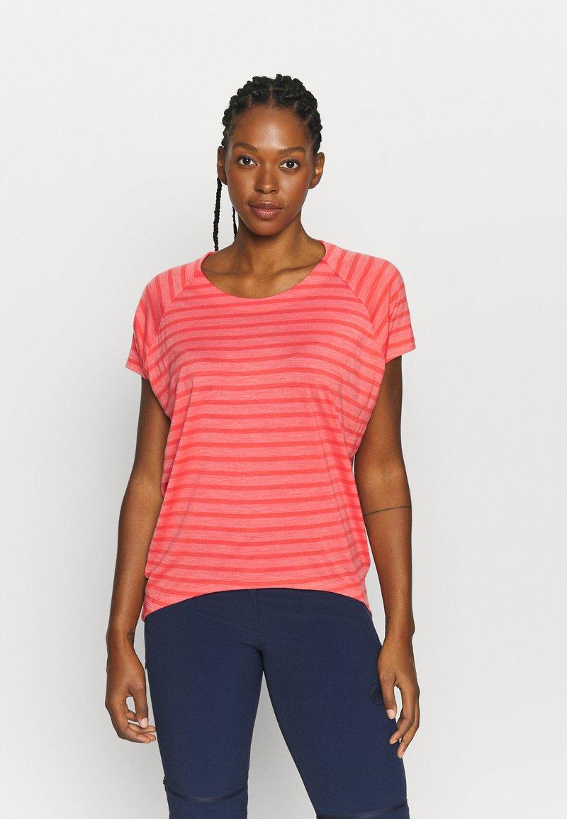 Icebreaker - ELOWEN CREWE - Print T-shirt - pink