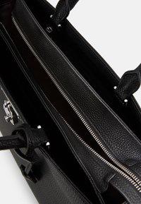 Calvin Klein - DRESSED BUSINESS TOTE  - Handbag - black - 4