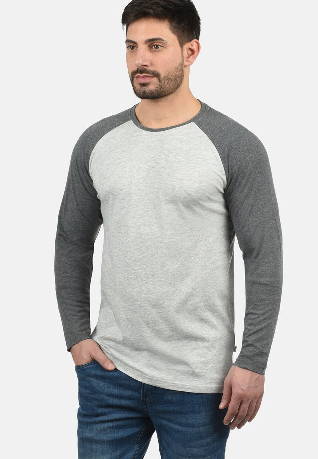 Langærmede T-shirts - light grey melange