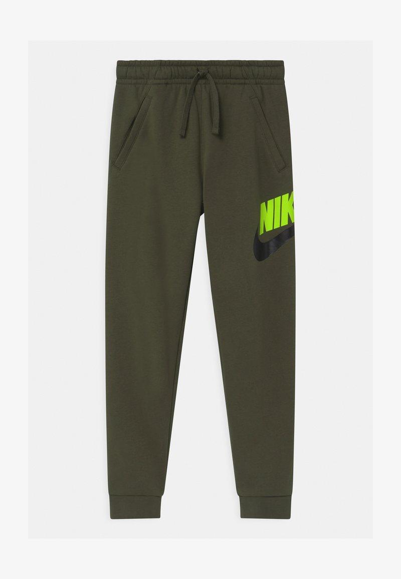 Nike Sportswear - CLUB PANT - Teplákové kalhoty - cargo khaki