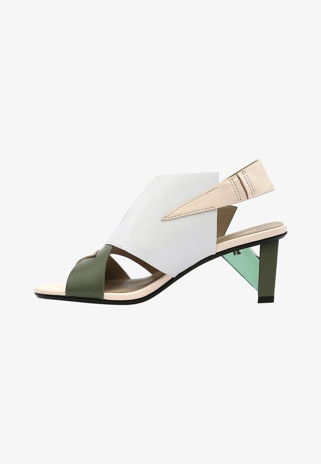 Sandalen - green