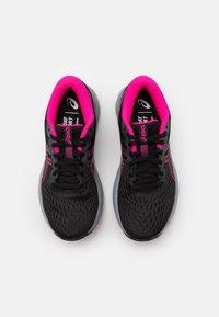 ASICS - GEL-EXCITE 7 - Neutral running shoes - black/metropolis - 3